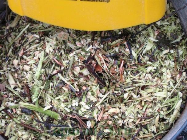 Садовый измельчитель для травы и веток 1