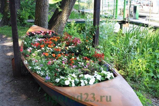 клумбы и цветники своими руками из подручных материалов, фото 26